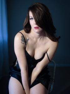 miss-k-dark-boudoir-photo-session 3